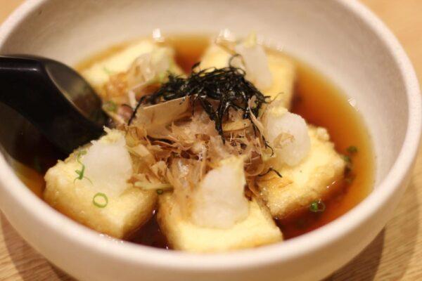 揚げだし豆腐(AGEDASHI TOFU)50,000VND:(=約250円)